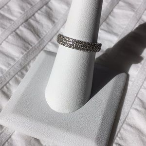 White Zircon Band Ring 7